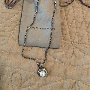 David Yurman Petite Albion Pearl necklace